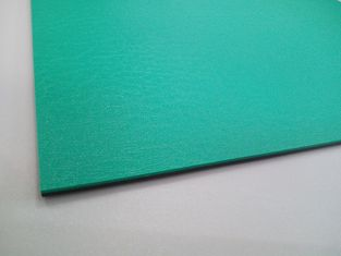 China Super ESD Mat On Bench Green Clean Room Accessories 2mm Thick Anti Punch supplier